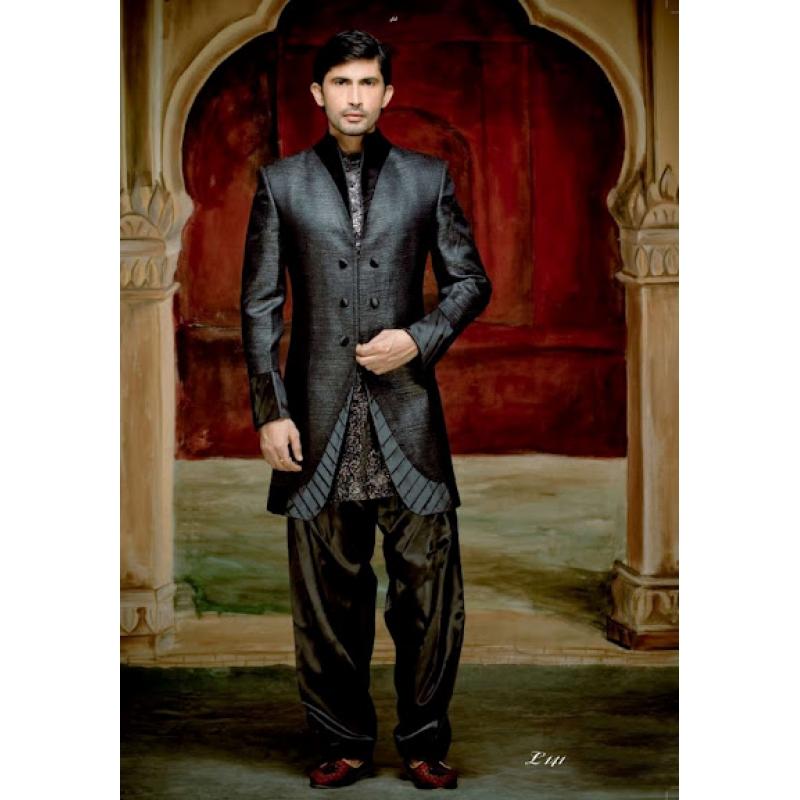 Nett Suits Designs For Men In Wedding Fotos - Brautkleider Ideen ...